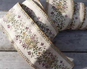 ON SALE Vintage  French 1950 /1960 large damask floral trim ameublement fournishings 2 & half yarns