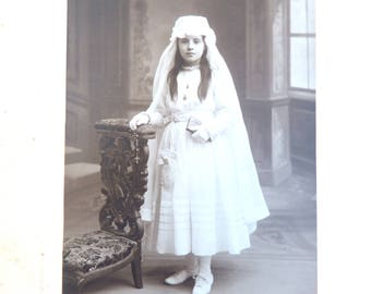 Vintage Antique 1920 French real photography black & white  girl  Holy communion