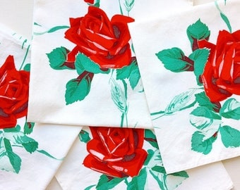 Roses Are Red... Vintage Wilendur Rose Roses Cloth Napkin Set of 4 Textiles Linens Sailcloth Cotton
