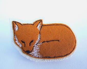 Sleepy Fox handmade fabric brooch