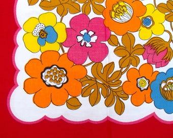 original 70s kitchen tablecloth (red) ±90x90cm