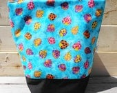 SALE Insulated Lunch Bag - Dancing Bugs