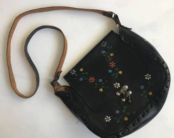 Vintage Black Tooled Leather Crossbody Purse with Metal Clasp and Painted Flowers