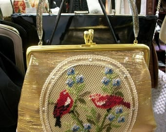 50s Handbag . Needlepoint Redbirds Pocketbook . Gold Dusted Lucite Handle . Gold Washed Purse