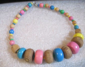 80s Wooden Beads Necklace Some Natural and Some Painted in Pastel Colors