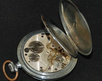 Gorgeous Vintage Antique Pocket Watch Movement dial face body Steampunk Altered Art QR 76