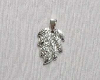 Sterling Silver Leaf Pendant - T3  -P9