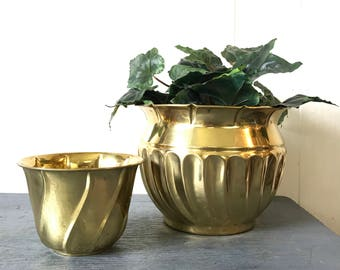 vintage brass planter - swirl gold metal pot - medium or small planter - boho garden