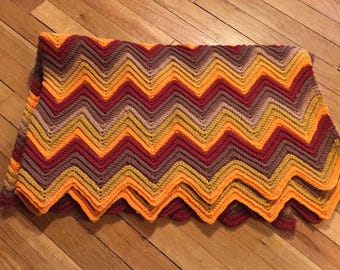 Vintage 70s Crocheted Granny Blanket - Crochet Afghan Lap Throw for Couch Sofa Chair Bed - Zig Zag Chevron Style - Retro Home Decor