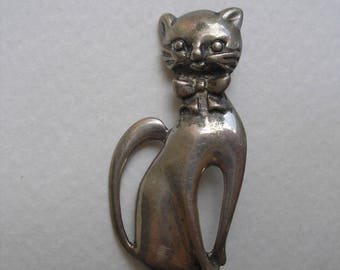 Vintage Sterling Silver 1940s Bow Cat Pin C Clasp