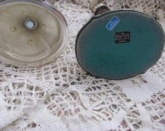 Charming Pair Oneida Silver tone Candle Holders, Set 2 Candlesticks