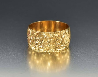 Vintage Gold Wedding Ring | Eternity Band Ring | Engraved Gold Cigar Band Ring | English Wedding Band Wide Stacking Ring | Diamond Cut Ring