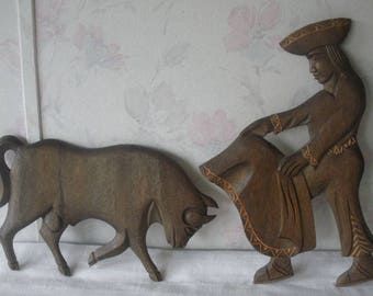"Vintage Carved Wooden Bull & Matador Bullfighter Figure Hanging Wall Art 14.75"" Original Artisan Indigenous Folk Art"
