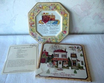 Vintage AVON Recipe Plate Christmas 1982 Avon w/Original Box-Blueberry Orange Nut Bread Recipe Card-Unused Plastic Adhesive Hook For Hanging