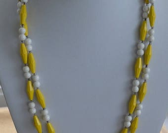 """ON SALE Pretty Vintage Yellow, White Plastic Beaded Necklace, 47"""" (U10)"""