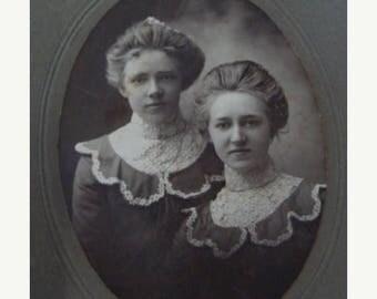 ONSALE Antique Photo  Beautiful Edwardian  Sisters  Cabinet Photo