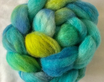 Hand dyed Shetland combed top, hand dyed roving, Handspinning, felting projects, spindling wool, felting materials