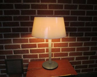 Vintage Mid Century Modern Gerald Thurston for Lightolier Lamp Complete with All Shades