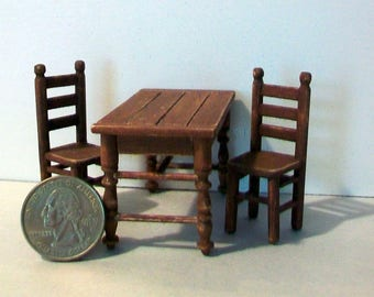 Tiny Table and Chairs   1:24 scale