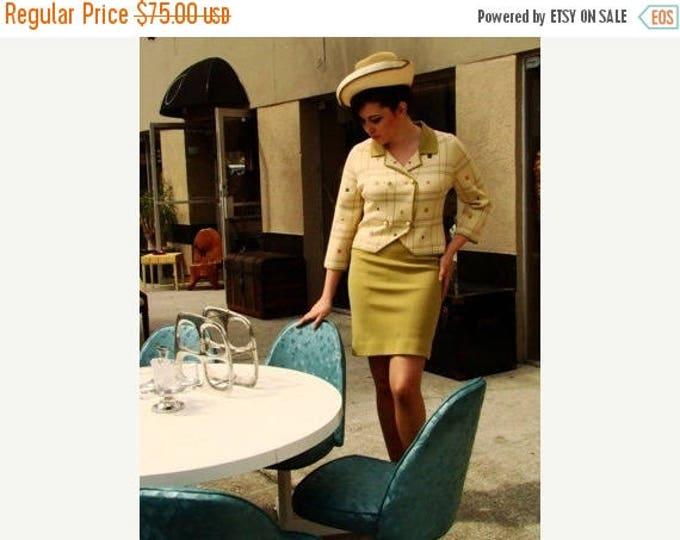 sale Vintage Suit, Italian Wool Suit, 1960s Suit, Tan Suit, Mod Sweater Set, Hand Embroidered, Double Breasted Jacket, Spring Suit, Size Lar