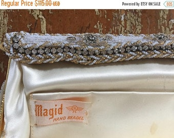 40% OFF The Vintage Beige Hand Beaded Magid Clutch Purse