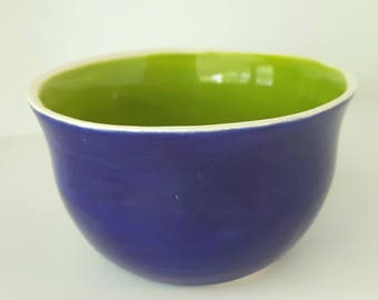 Hand glazed Clay bowl | Navy and Green Colored Bowl | Handbuilt Cup | Ceramic cup or bowl