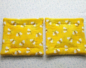 child small hands bumble bees hand quilted set of 2  insulated potholders