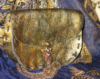 Hand Made Leather Pouch~Renaissance Faire Costume~Hiking~Ritual~'Dragon Hide' Leather