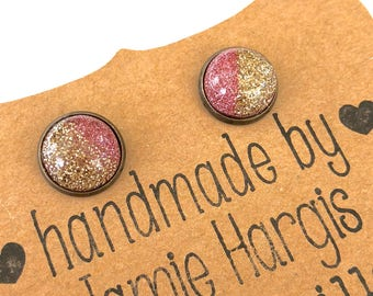 Pink champagne stud earrings. Pink and gold earrings. Glittery earrings. Resin stud earrings. Party accessories. Gifts under 10.