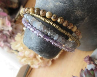 "A Gentle Moment !!!!!! "": Precious stones for this romantic bracelet 4 rows ...."