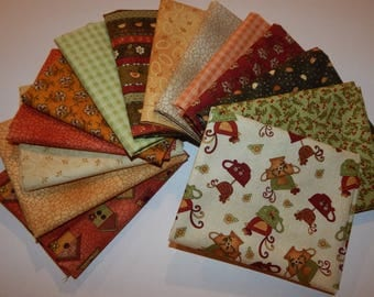 NEW Chicks on the Run Quilt Fabric 100% Cotton Coordinating Fat Quarters Bundle A
