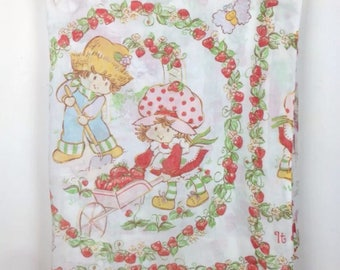 Vintage 80s Strawberry Shortcake Cartoon Bed Sheet Flat Fabric