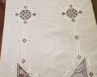 sale White Linen Tablecloth with Lace Insets