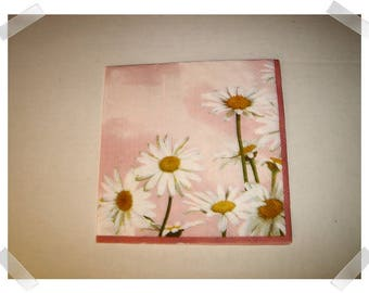 """Paper Napkins for Decoupage- Daisy Design/Single Or Set of 2 OR Set of 4/each- 13"""" Unfolded /Craft Supplies**"""