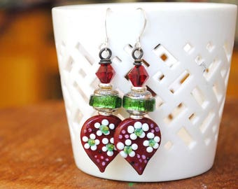 Christmas Earrings, Floral Earrings, Festive Earrings, Red Lampwork Earrings, Teardrop Earrings, Sparkling Green Earrings, Artisan