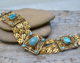 Vintage 1940s Modernist EGYPTIAN REVIVAL Bracelet . Blue Turquoise Colored Stones . Large Links