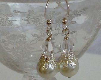 Pearl and Crystal Bridal Earrings