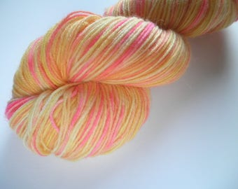 Hand dyed wool yarn, fingering weight, 4-ply, 438 yards, Gradient Sunshine