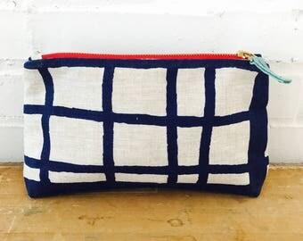 Navy Picnic Linen Makeup Bag
