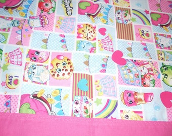Shopkins Pillowcase with pink trim - Fits Standard and Queen size pillows