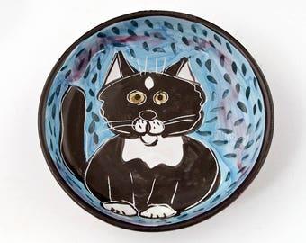 Tuxedo Cat Ceramic Feeding Bowl, Shallow Pet Dish, Black White Cat Food Bowl, Majolica Bowl, Pet Feeding Bowl, Pet Water Bowl, Cat Bowl