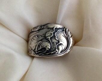Spoon Ring, Fleur de Luce 1904 Size 5 to 15 Choose Your Size, Vintage Silverplate Ring, Vintage Ring, Floral Ring, Silverware Jewelry