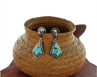 Summer Sale : ) BEAUTIFUL KINGMAN TURQUOISE Earrings Sterling Blue NewWorldGems