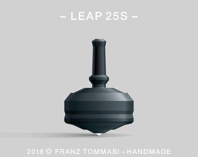 LEAP 25S Black – Precision handmade polymer spin top with ceramic tip and rubber grip