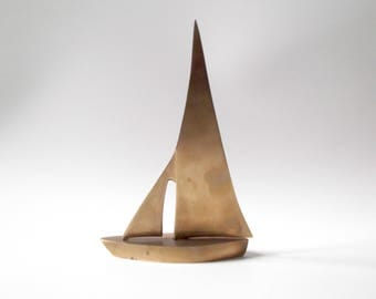 Mid Century Brass Sailboat, Brass Figurine, Brass Paperweight, Boat, Nautical Decor, Office Decor, Hollywood Regency, Gift For Him
