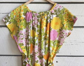 Vintage 1950s floral wrap dress • cotton wrap dress • 50s wrap dress