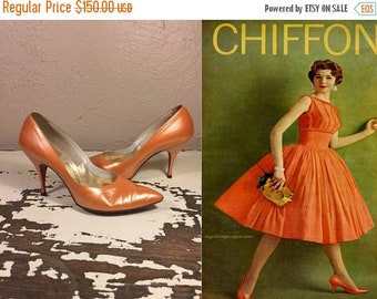 Anniversary Sale 35% Off Dancing All Night in Miami  - Vintage 1950s Orange Pearlized Patent Leather Stilettos - 7