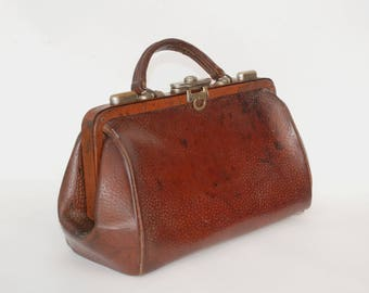Brown leather doctor bag with leather compartments inside, Vintage handbag purse Gladstone bag, Gift idea for her.
