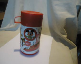Vintage 1977 Walt Disney Mickey Mouse Club Lunchbox Aladdin Thermos Bottle With Cup, collectable