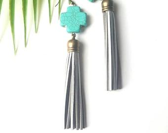 Spring turquoise tassel earrings//Silver leather tassel earrings// bohemian earrings- turquoise- boho gypsy dangle earrings